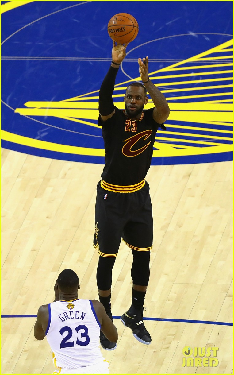 lebron james cries gets emotional after nba finals win 023686907