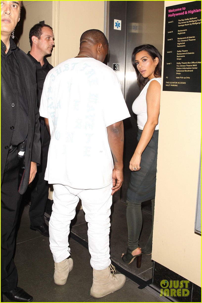 kim kardashian kanye west celebrate khloes birthday 023693910