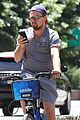 leonardo dicaprio citibikes in nyc 09