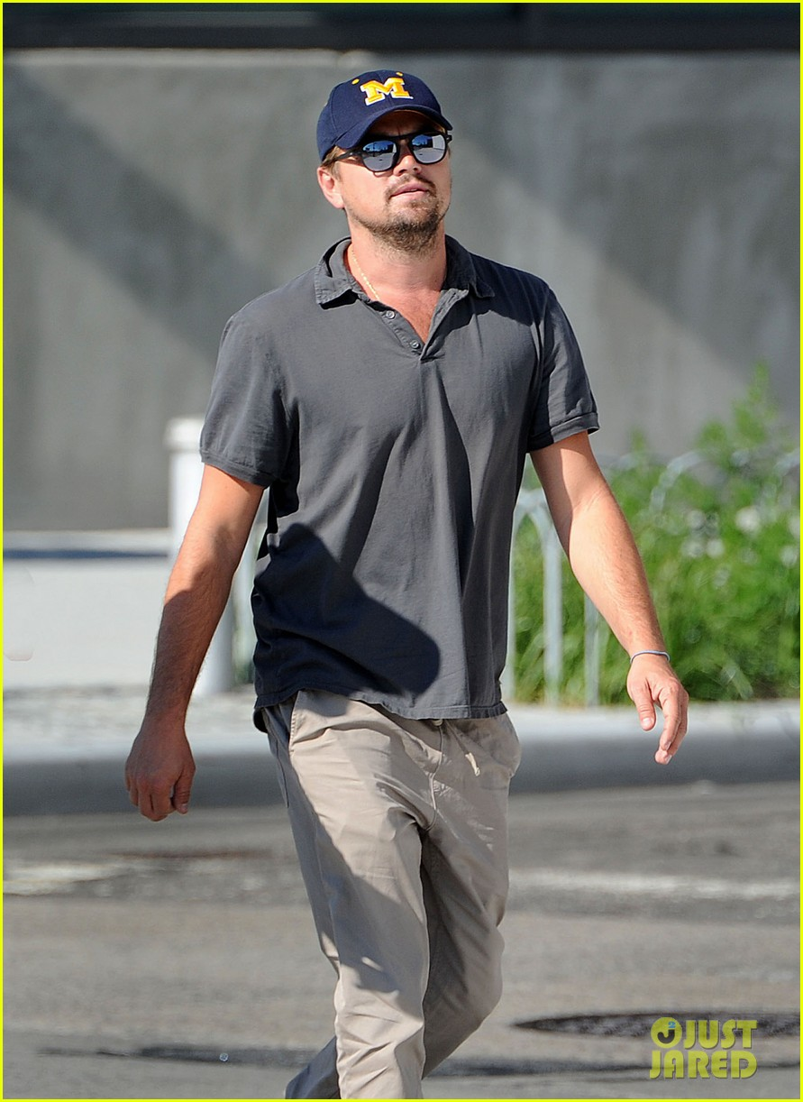 leonardo dicaprio to give deposition in wolf of wall