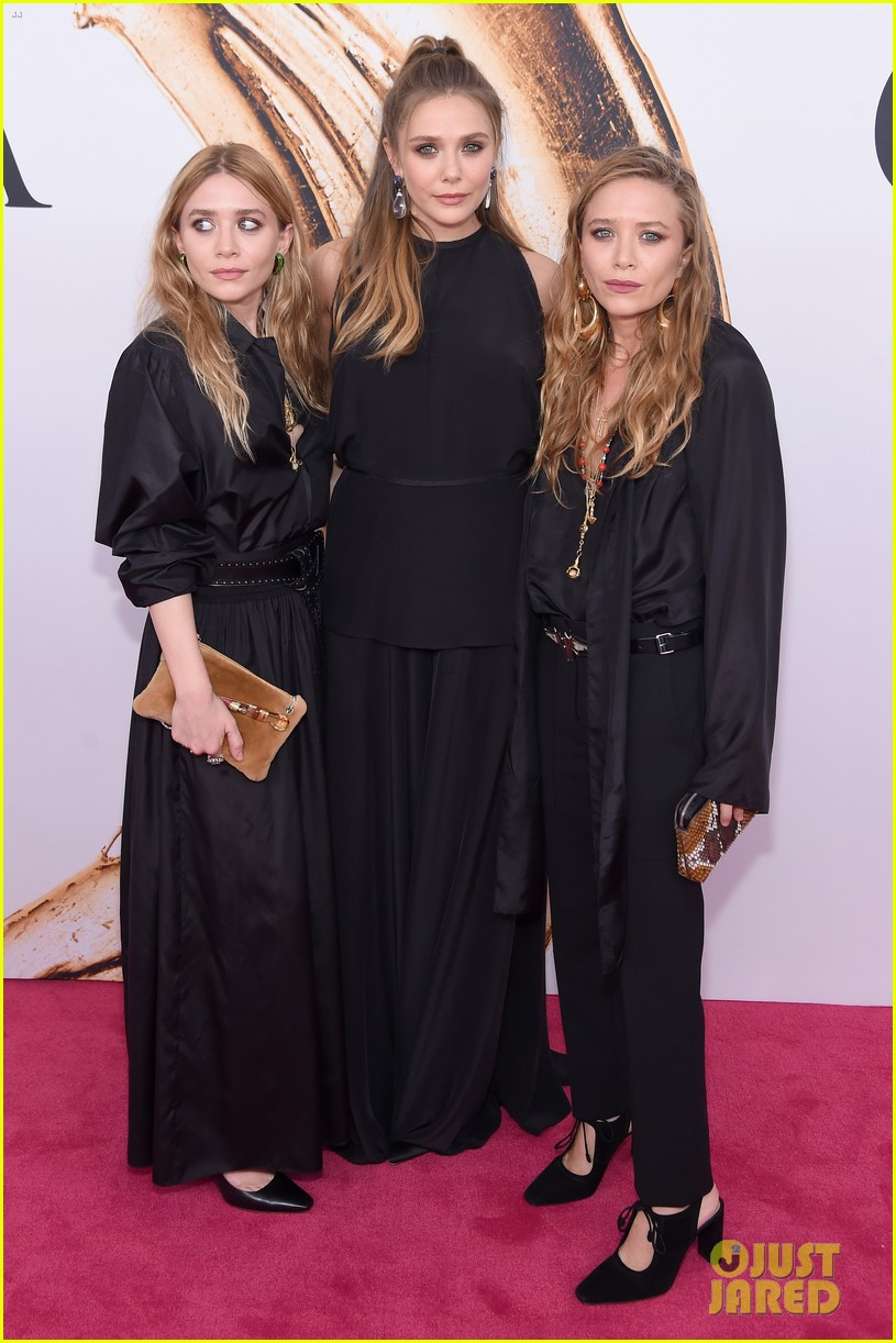 Mary-Kate & Ashley Olsen Are Joined By Sister Elizabeth at ...