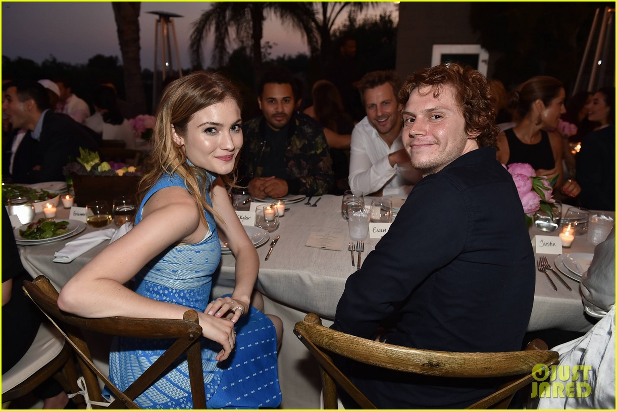 evan peters skyler samuels just jared vintage grocers malibu dinner 263693152