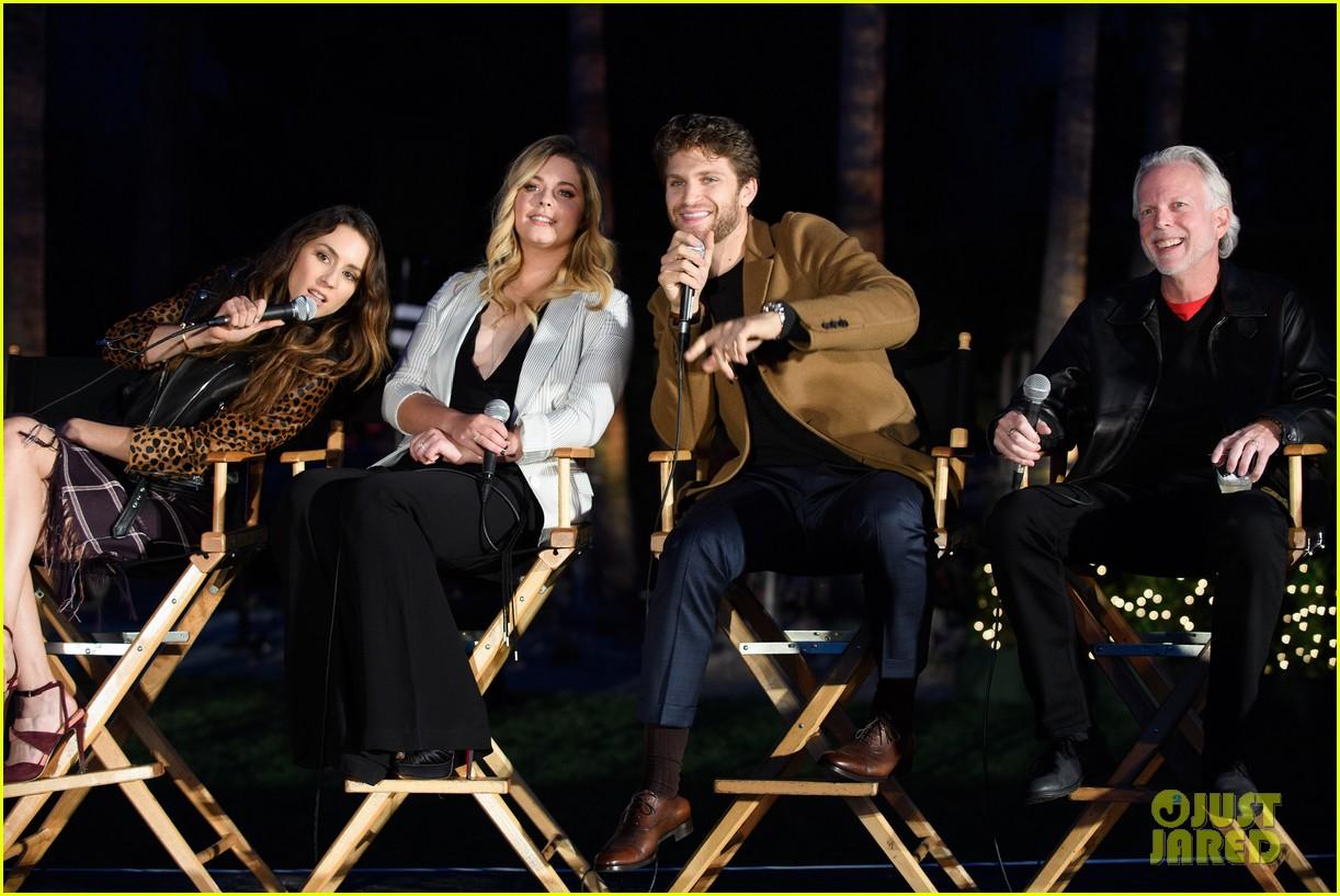 pretty little liars season seven premiere event 333684433
