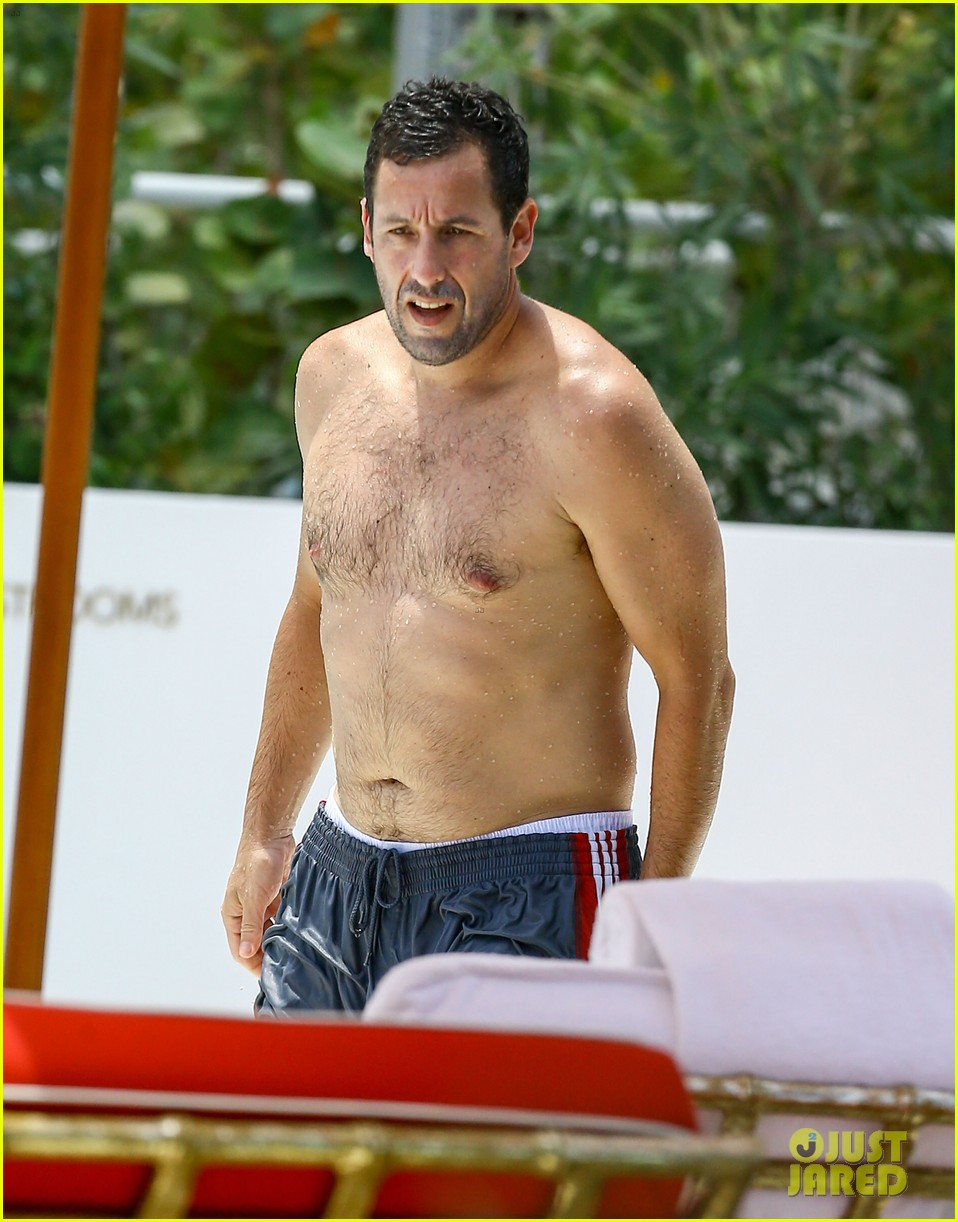 Adam Sandler Goes Shir...