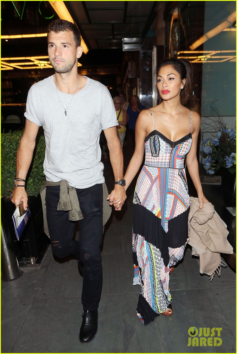 nicole scherzinger boyfriend grigor dimitrov show pda for date night in london 013681375