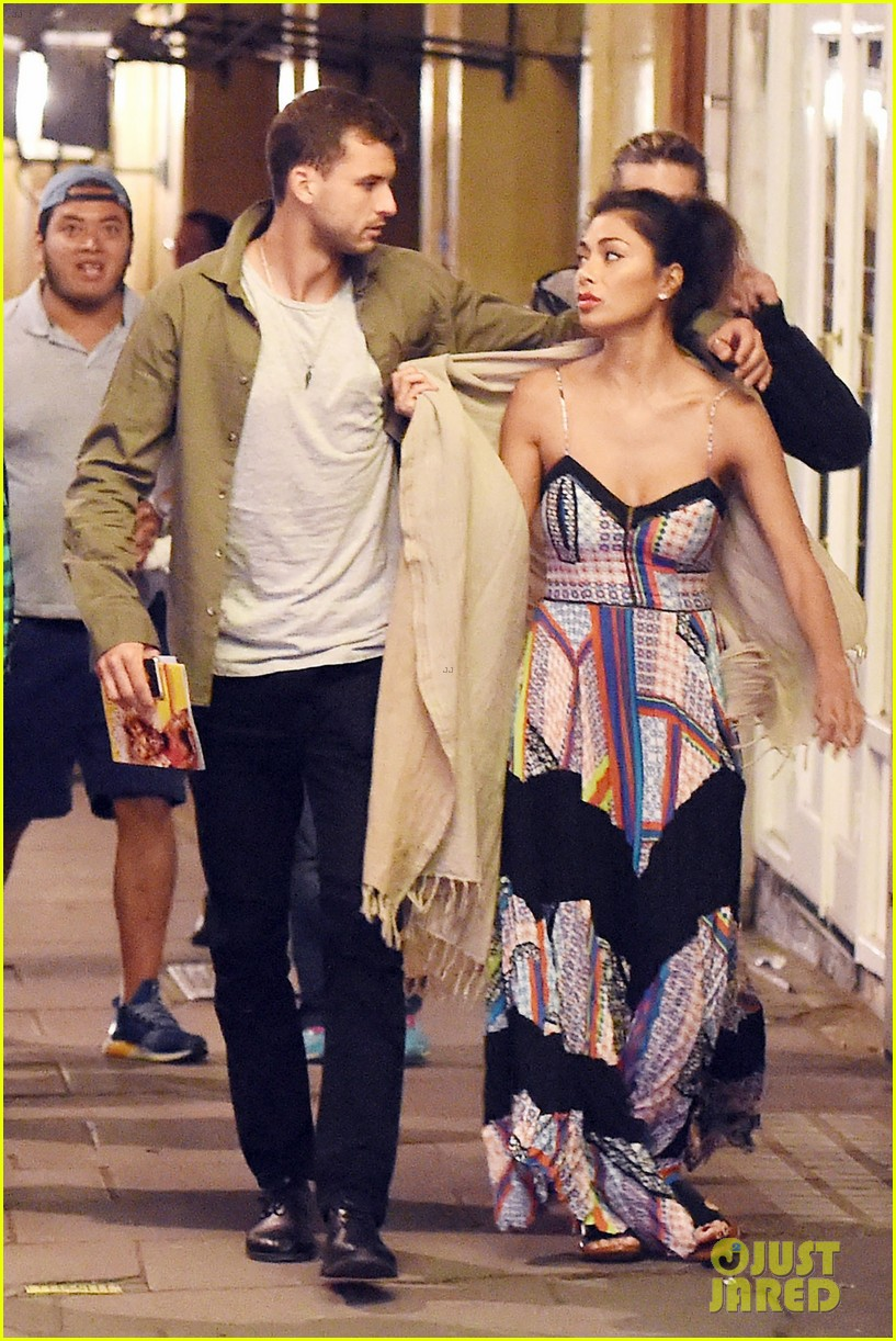 nicole scherzinger boyfriend grigor dimitrov show pda for date night in london 113681385