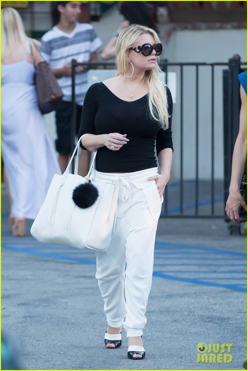 jessica simpson dinner sagebrush cantina 173677505