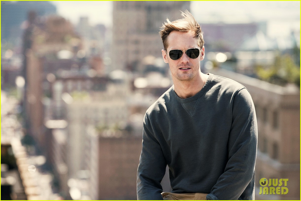 Alexander skarsgard reveals how he got tarzan 39 s 8 pack abs for Mr porter live