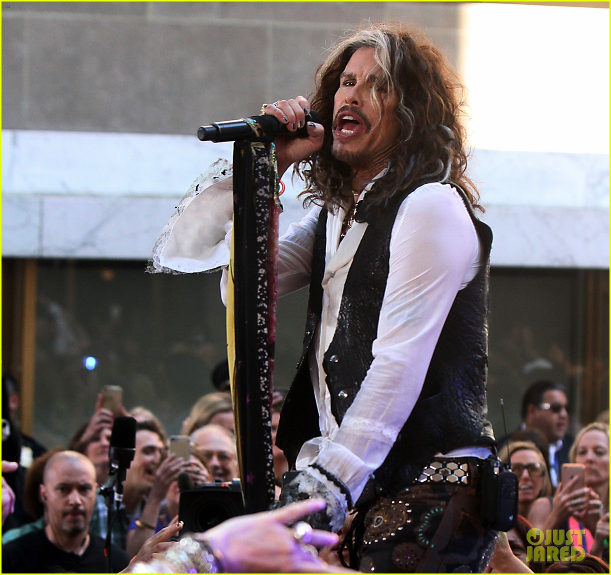 Communication on this topic: Kate england, aerosmith-tour-crocked-after-steven-tyler-surgery/