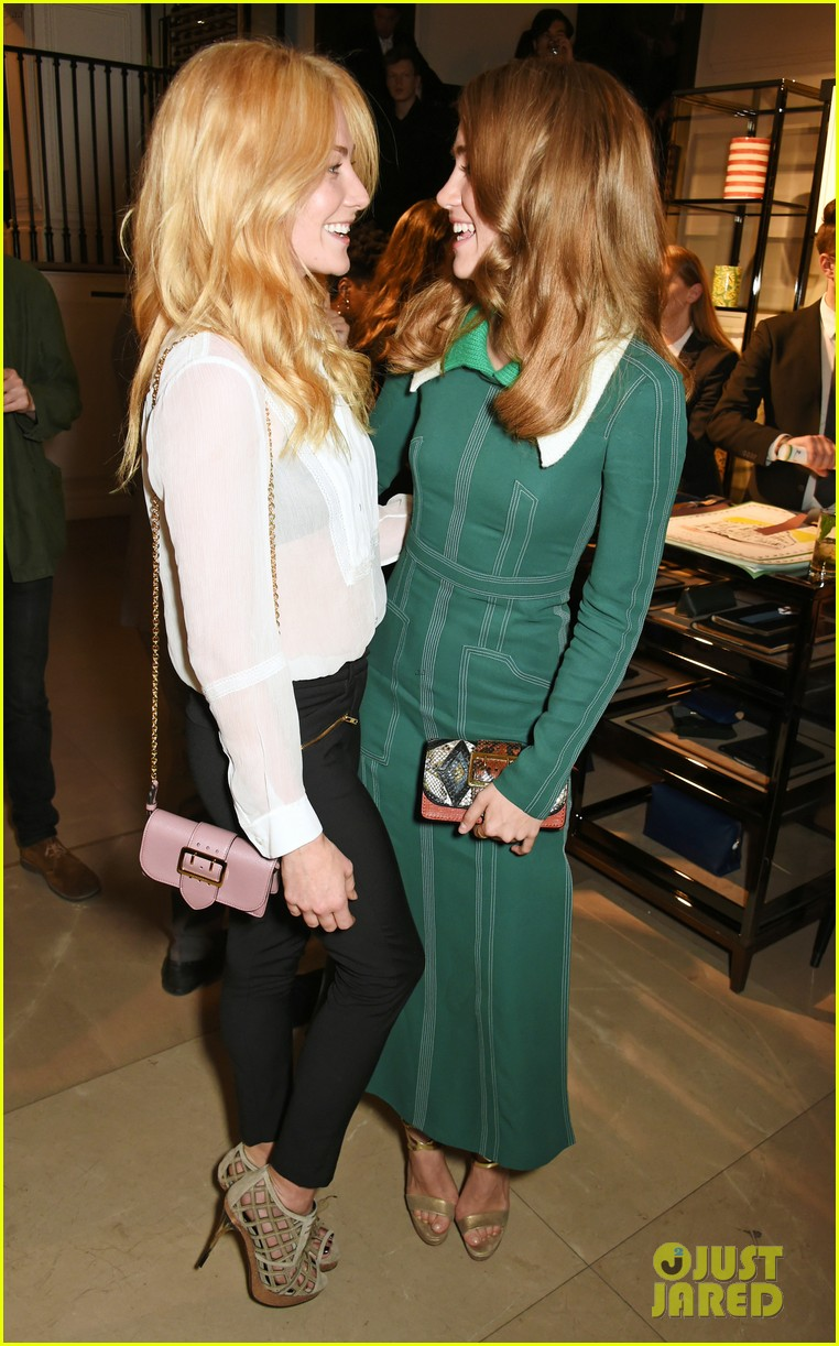 suki waterhouse burberry regent event 013679043