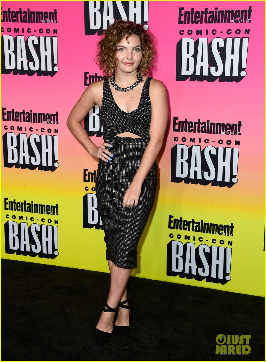 agents of shield gotham casts ew comic con party 013716808