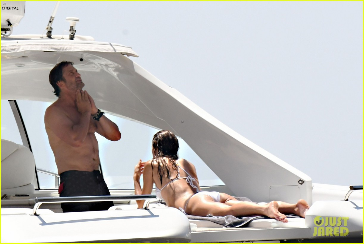 gerard butler girlfriend morgan brown romantic boat ride in italy 233706599
