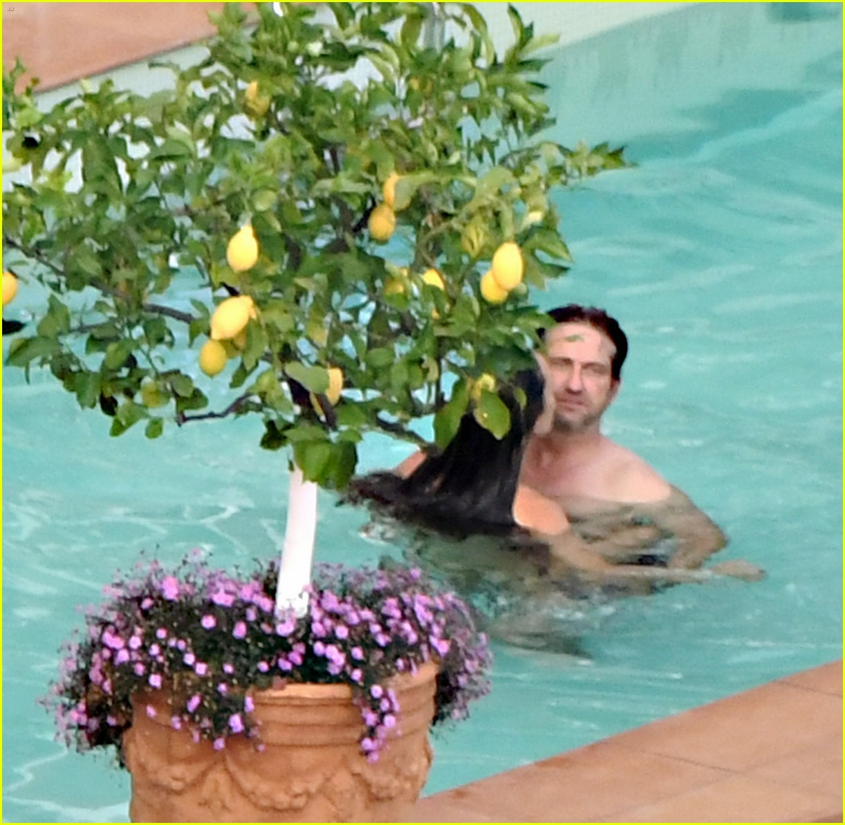gerard butler morgan brown hot bodies italy 083704683