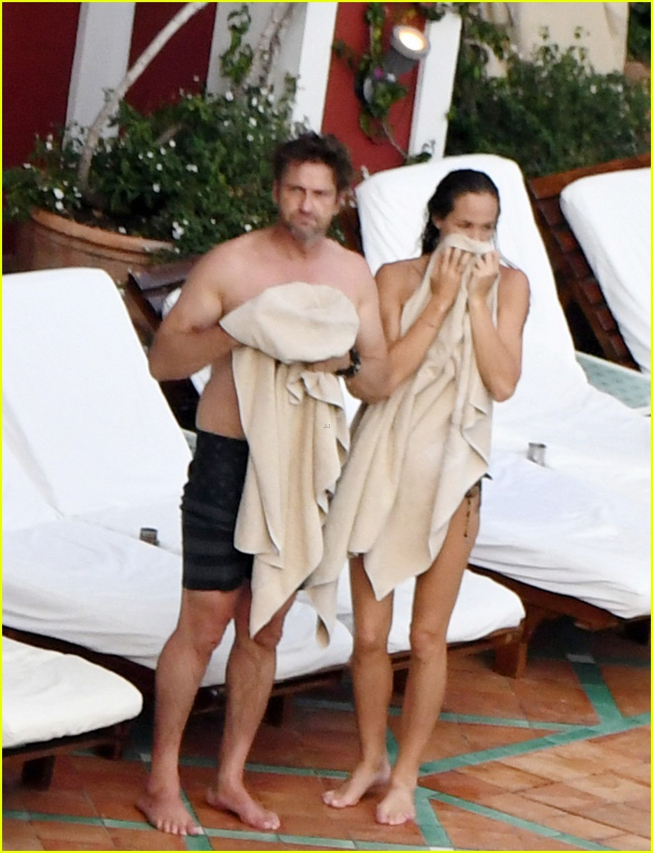 gerard butler morgan brown hot bodies italy 213704696