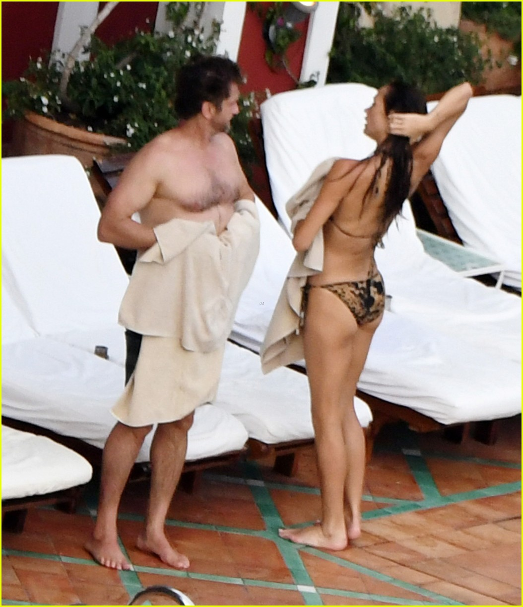gerard butler morgan brown hot bodies italy 243704699