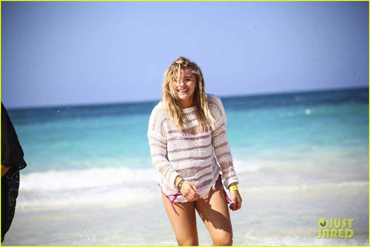 chloe moretz mia family beach birthday getaway 033702937