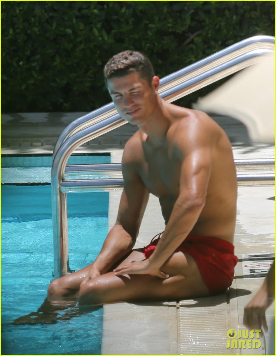Cristiano Ronaldo Hangs Poolside in Miami | Tom + Lorenzo
