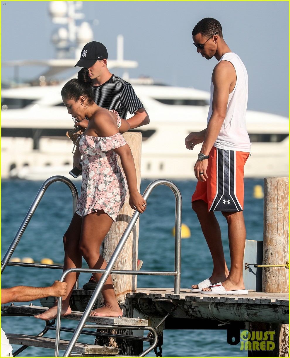 stephen curry  u0026 wife ayesha relax on st  tropez vacation