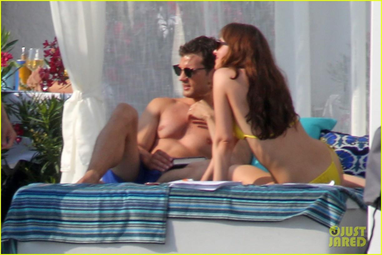 jamie dornan dakota johnson shirtless bikini fifty shades freed honeymoon 083704229