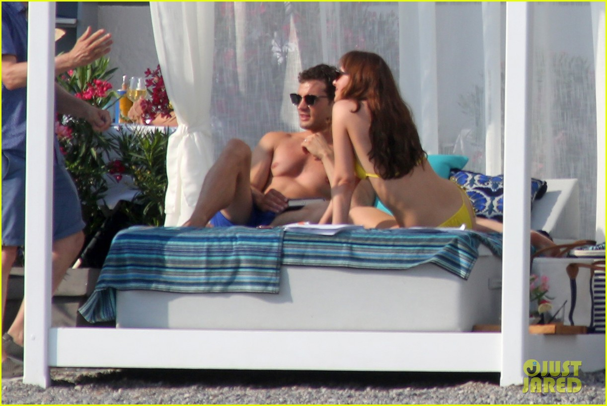 jamie dornan dakota johnson shirtless bikini fifty shades freed honeymoon 093704230