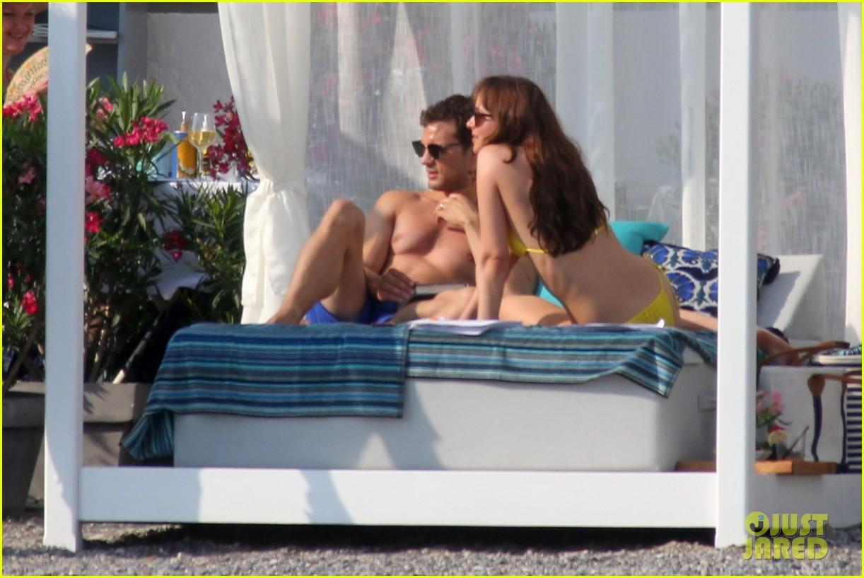 jamie dornan dakota johnson shirtless bikini fifty shades freed honeymoon 103704231