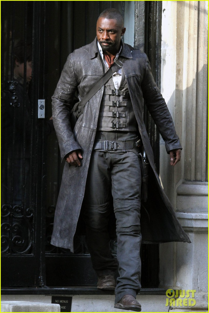 idris elba spotted as the gunslinger on dark tower nyc set 063697101