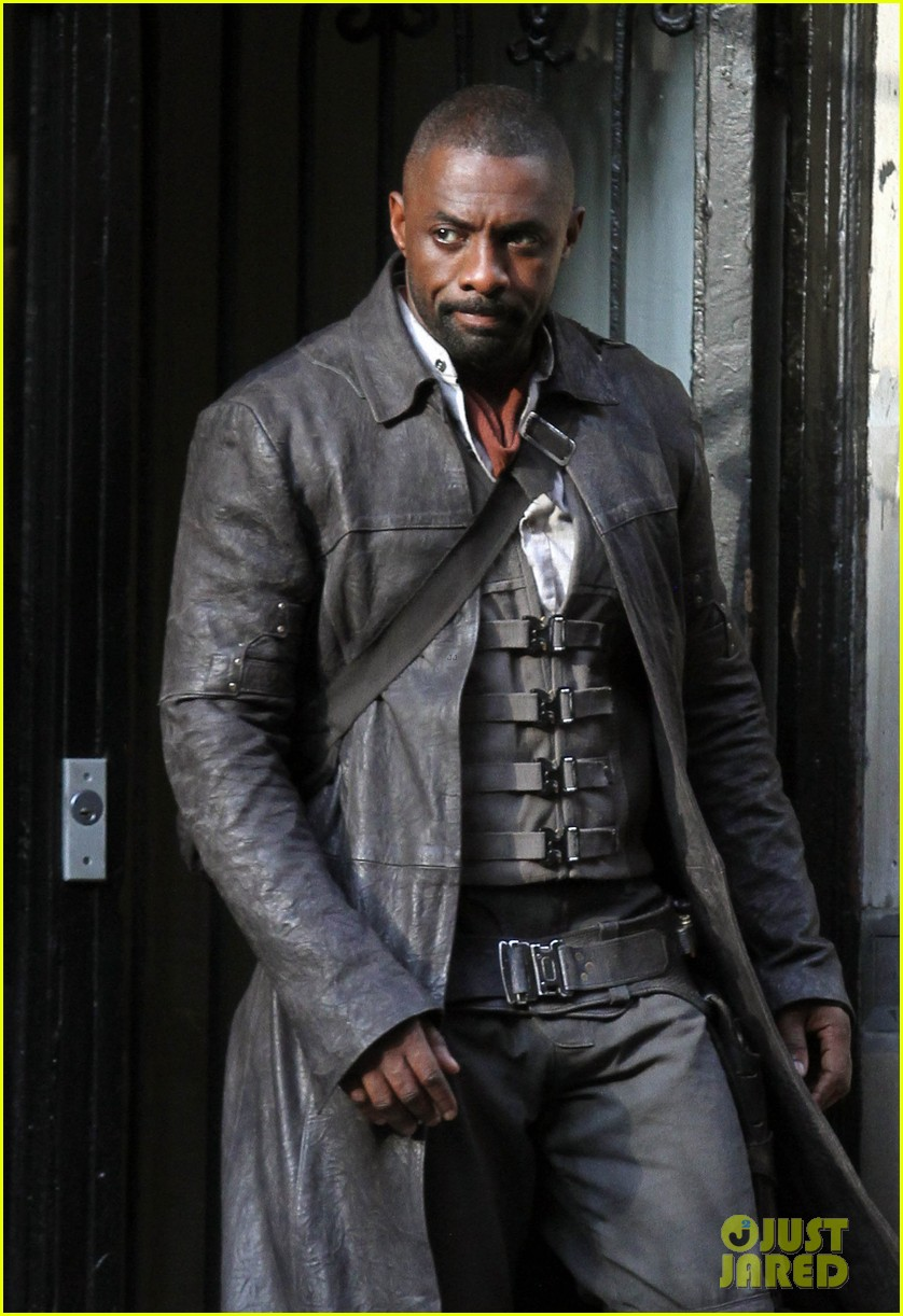 idris elba spotted as the gunslinger on dark tower nyc set 083697103