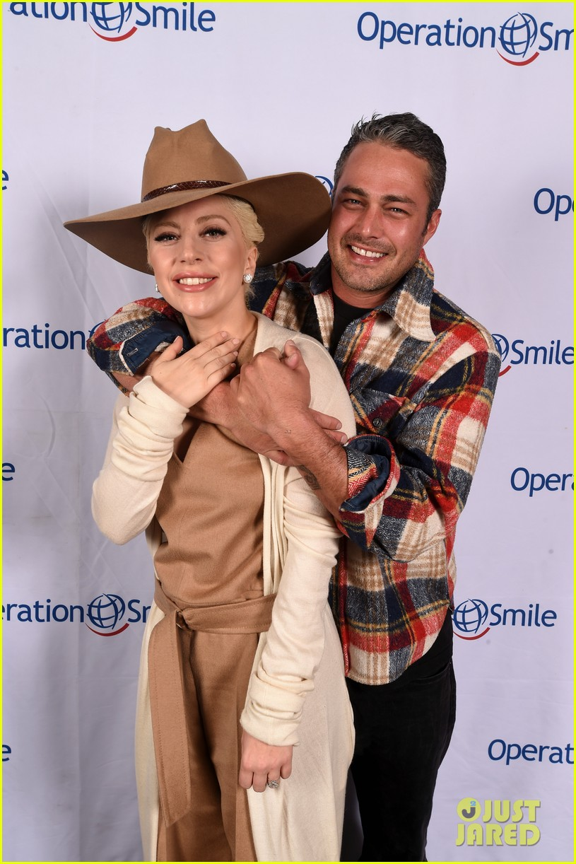 lady gaga releases statement on split from taylor kinney 083711464
