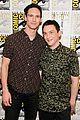 gotham cast teases season three at comic con 04