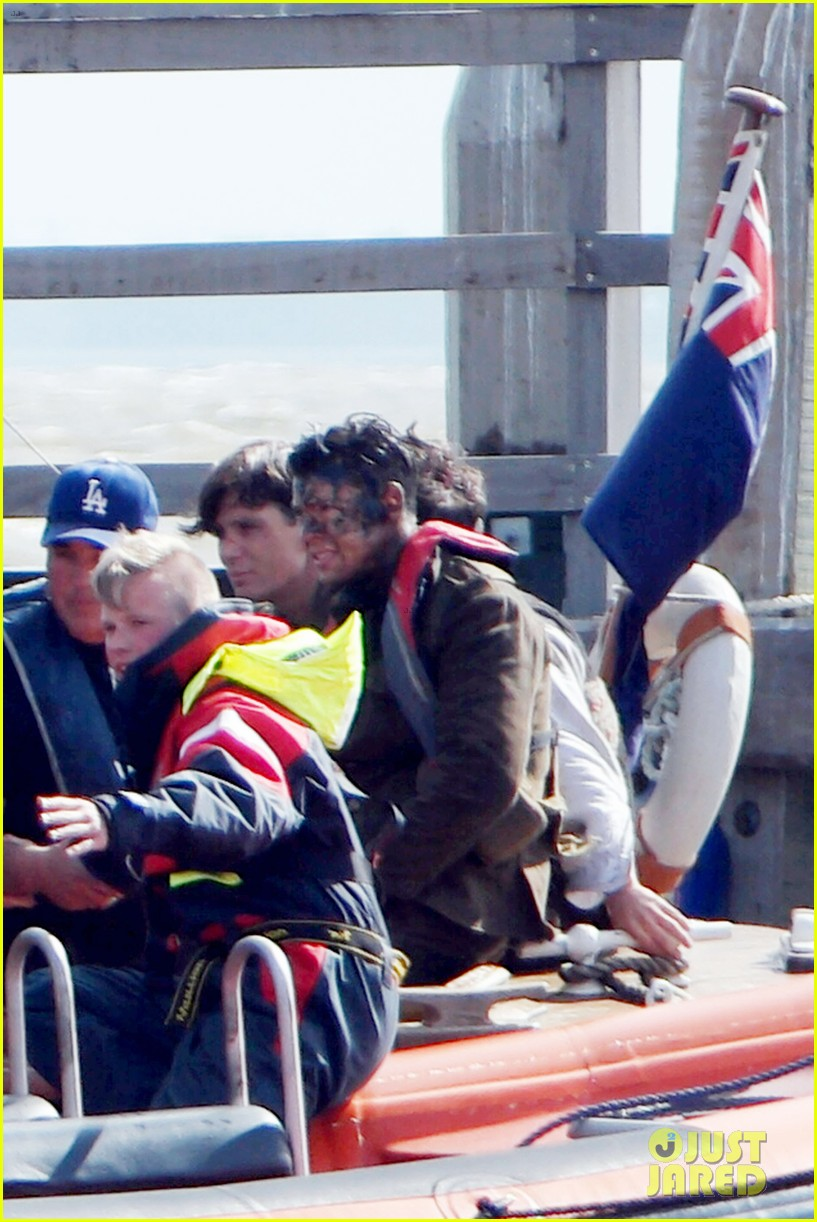 harry styles gets dirty on the set of dunkirk 023705651