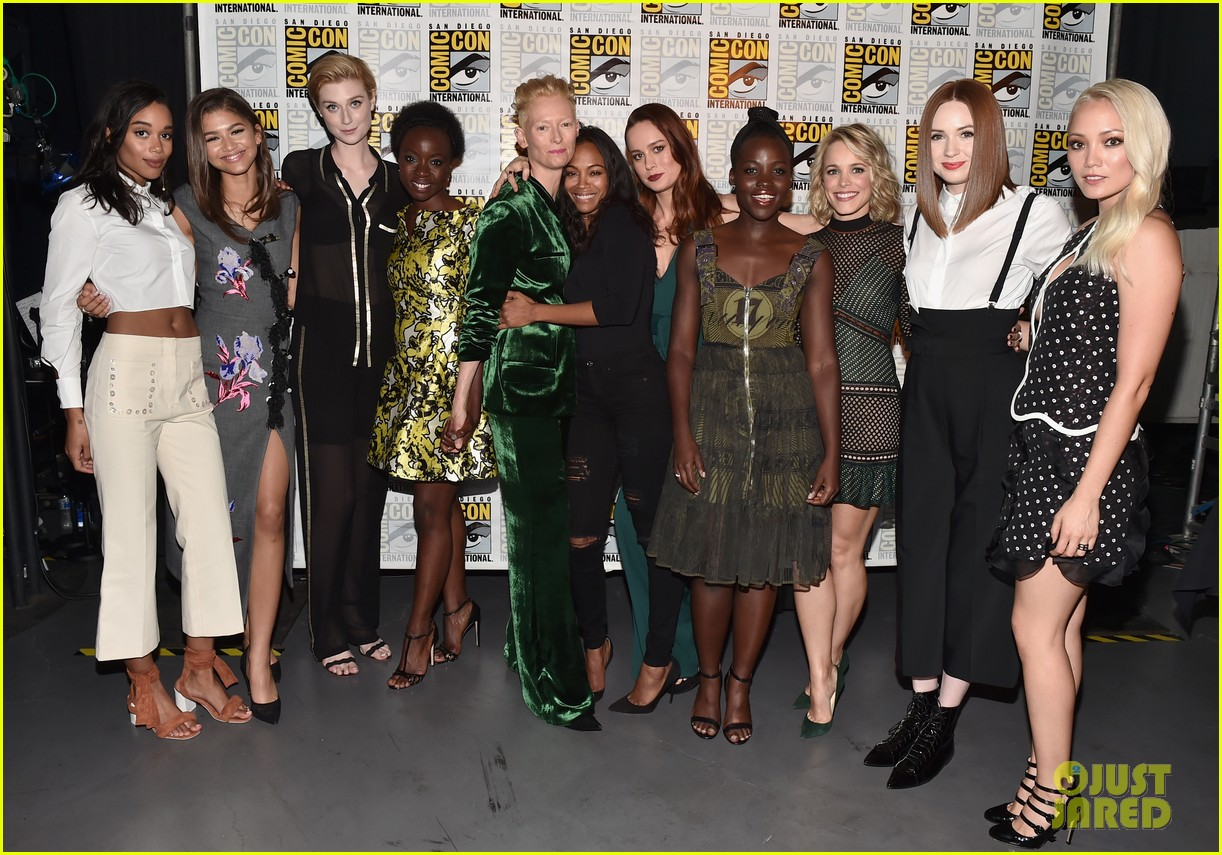 brie larson joins the women of marvel for epic comic con pic 033715737