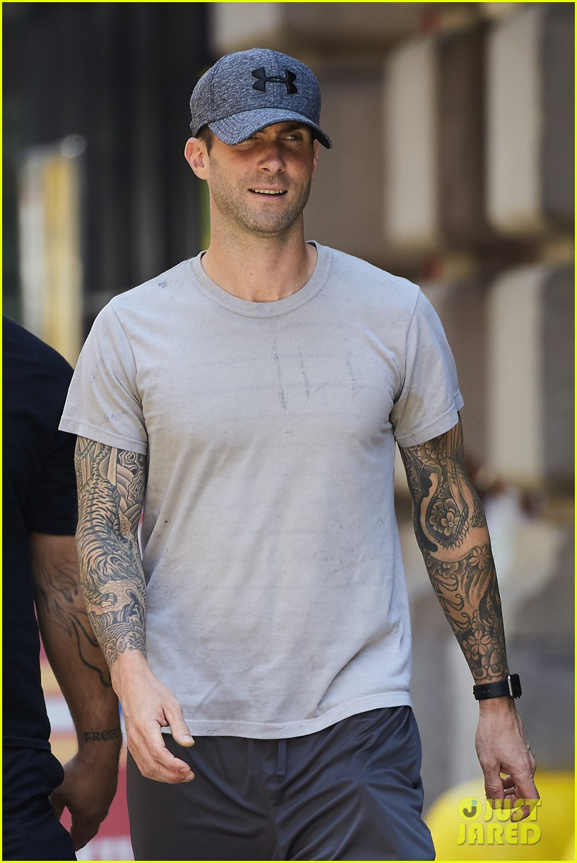 Adam Levine Steps Out in His Workout Gear  Photo 3705458  167bd579ba3