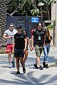 joe manganiello sofia vergara hold hands crossfit 04