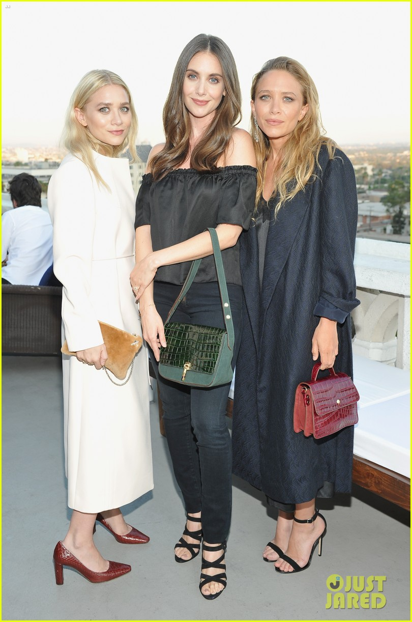 Mary-Kate & Ashley Olsen Get Support from Sister Lizzie at Elizabeth