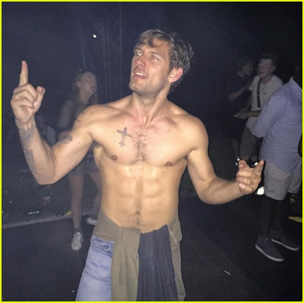 The alex pettyfer shirtless well