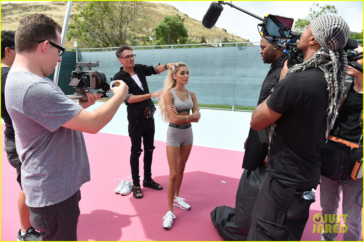 pia mia pink hair new material girl campaign 053705288