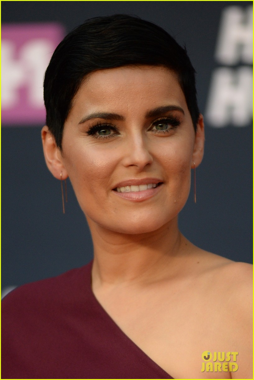 Kelly Rowland Nelly Furtado Amp More Help Tribute Missy