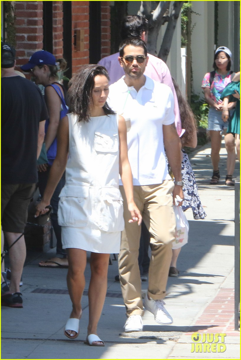jesse metcalfe cara santana hot beach bods fourth 153699906
