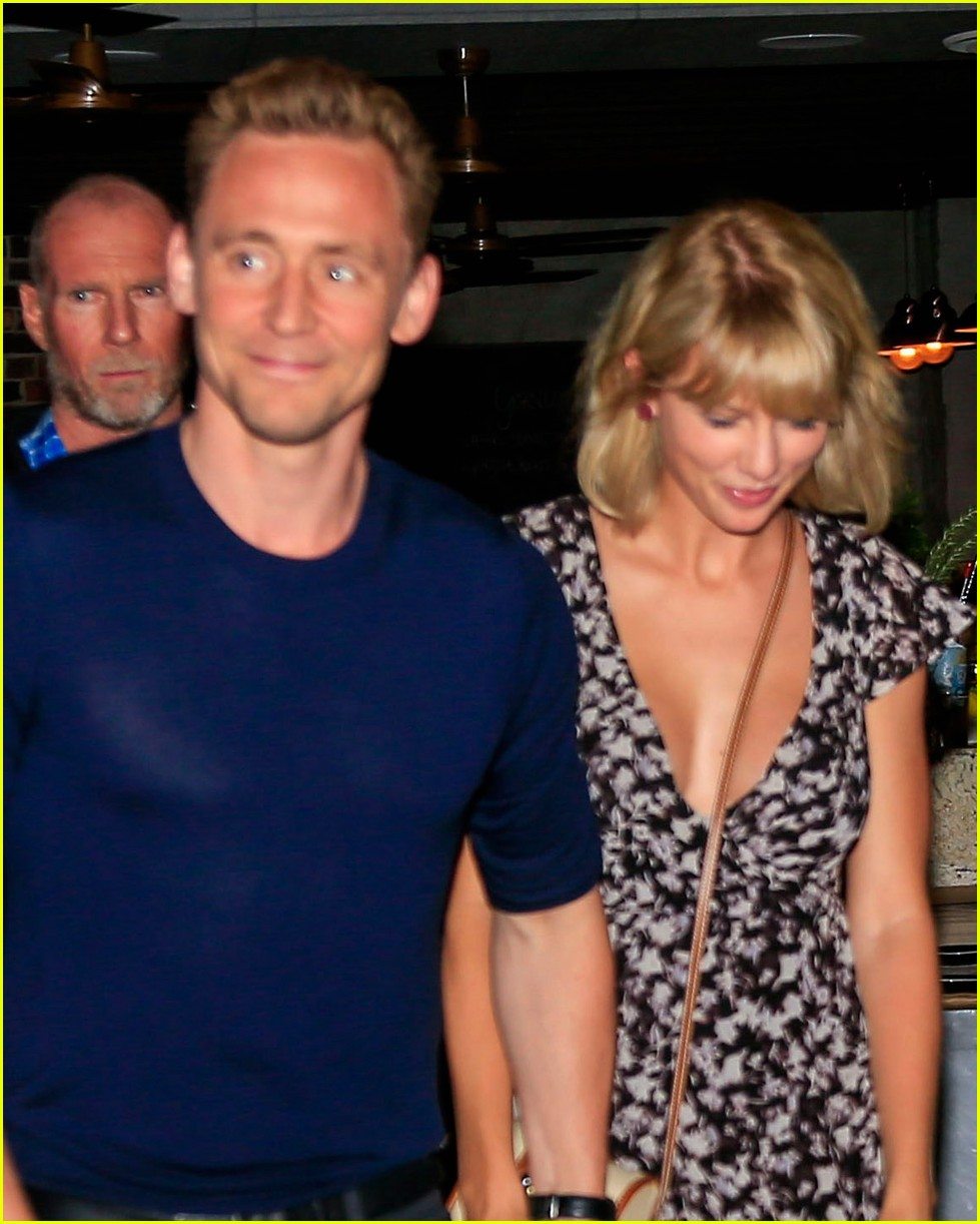 taylor swift tom hiddleston hold hands for romantic dinner date 063702548