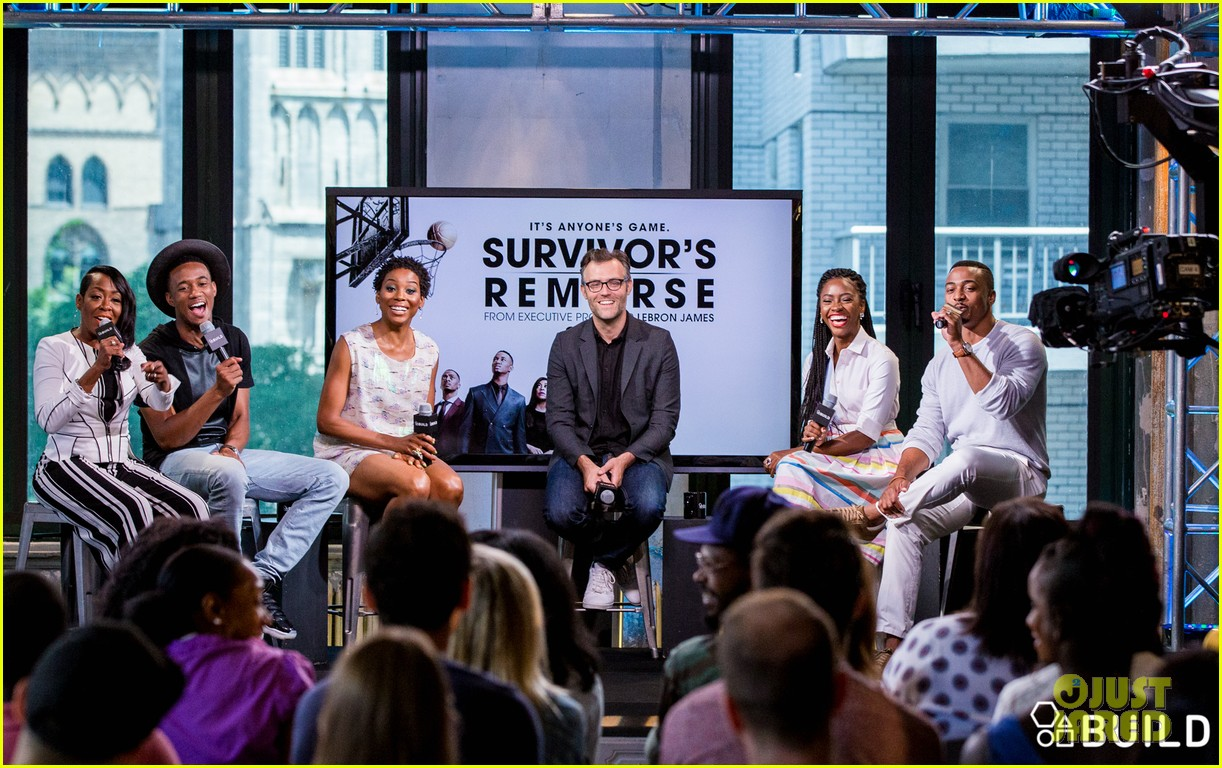 jessie usher joins survivors remorse cast in nyc for season 3 press 083704394