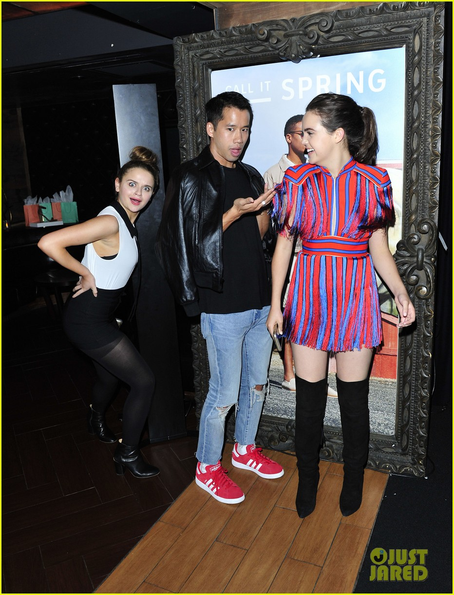 Vanessa Hudgens Ashley Tisdale Stop By Call It Spring Lounge At