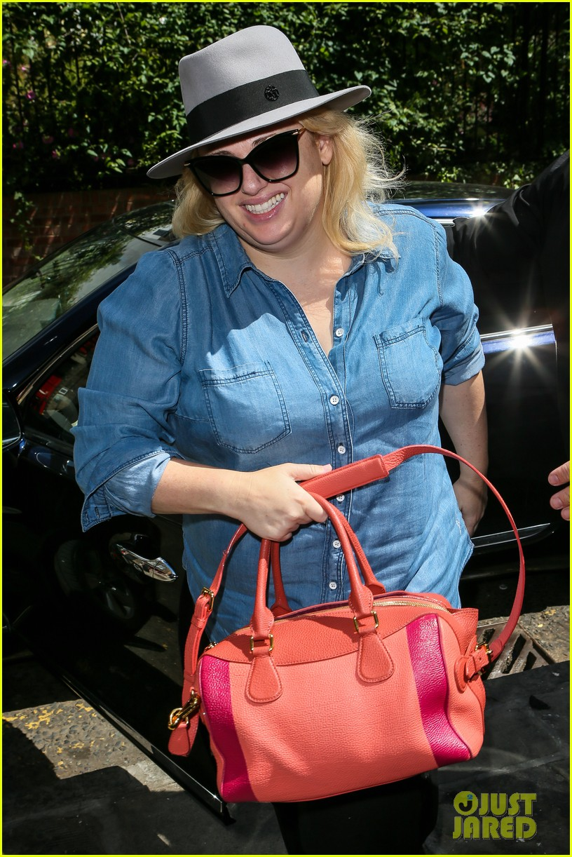 rebel wilson gets ready for guys and dolls performance in london 213701219