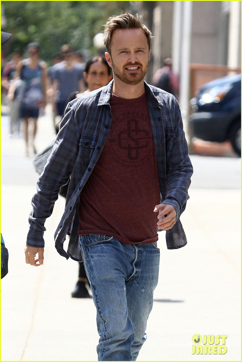 aaron paul filming the path harlem 023746354