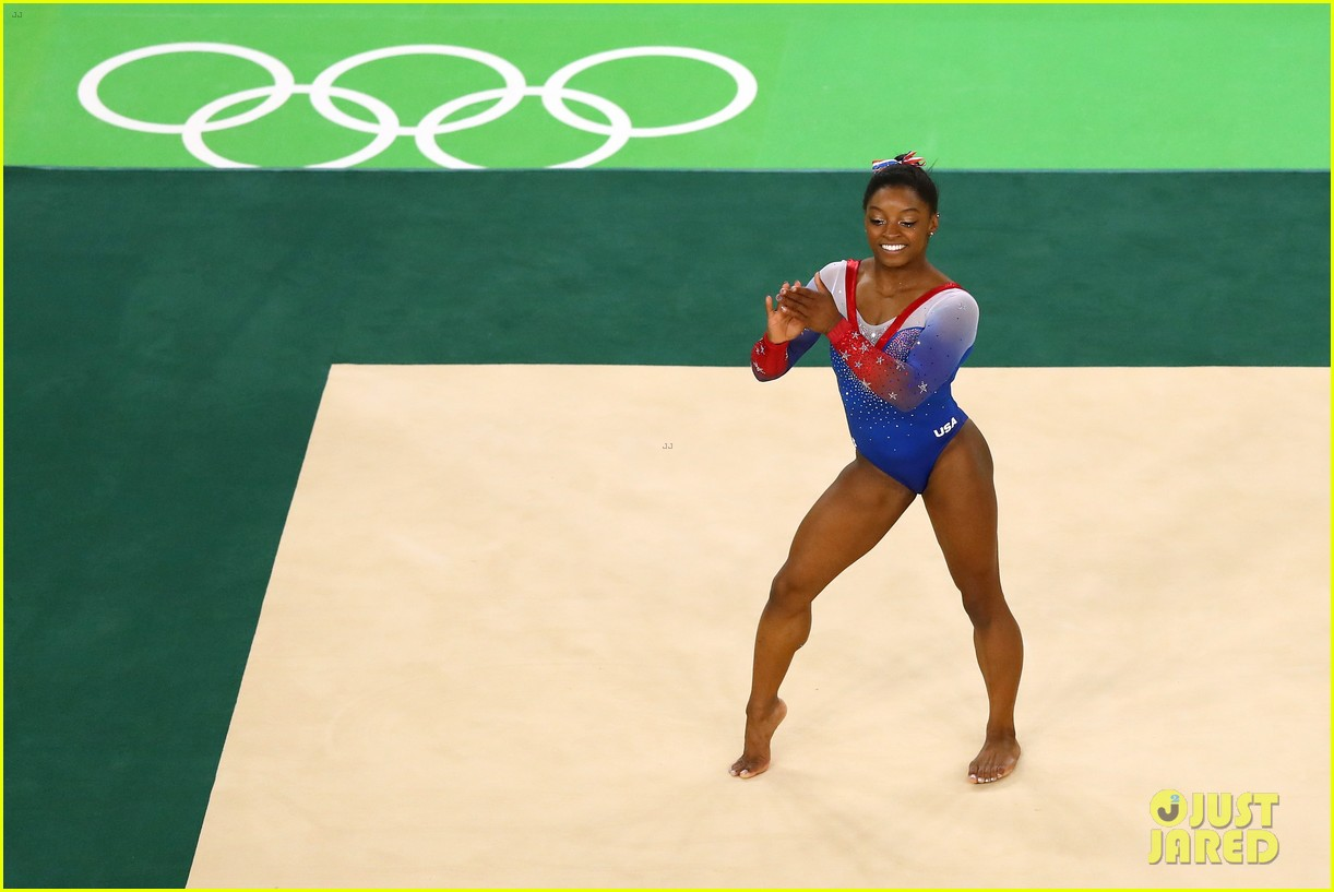 Watch Simone Biles U0026 Aly Raismanu0027s Floor Routines For Olympic Finals!  (Video)