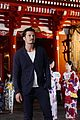 orlando bloom makes appearance in tokyo for british airways 02