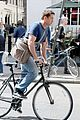 gerard butler bikes in london 11