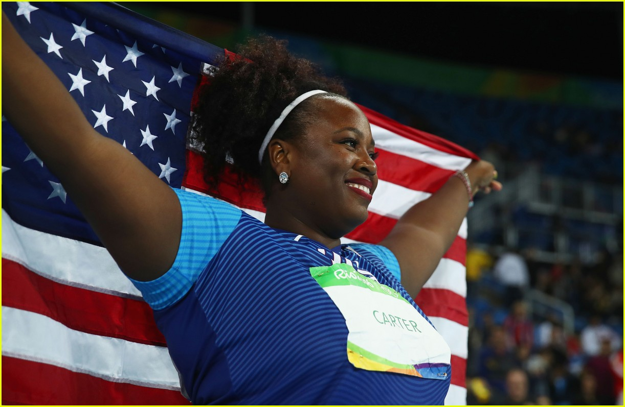 Michelle Carter Athlete >> Michelle Carter Wins Team Usa S First Gold In Women S Shot
