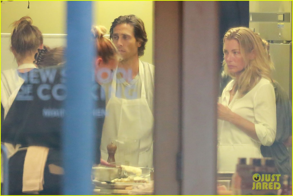 gwyneth paltrow brad falchuk celebrate cameron diaz birthday 163745965