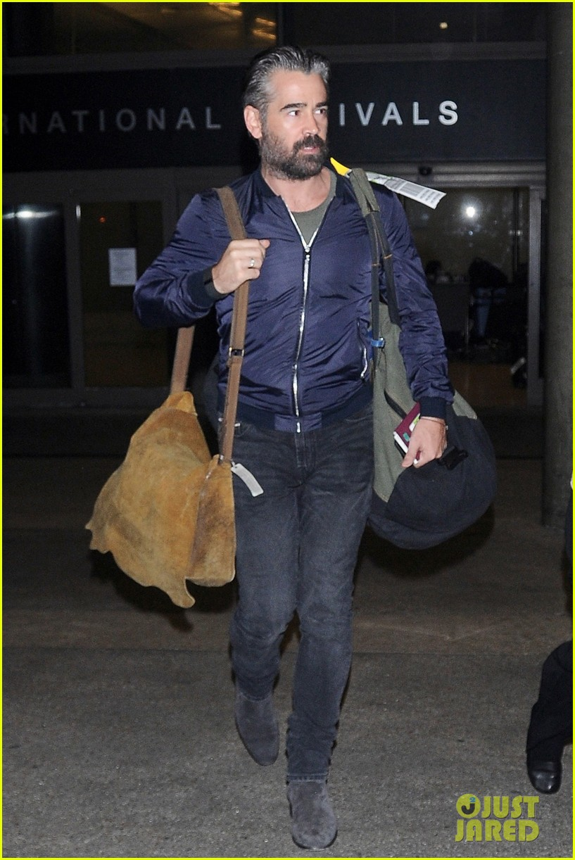 colin farrell sports gray hair during his latest outing 013726421