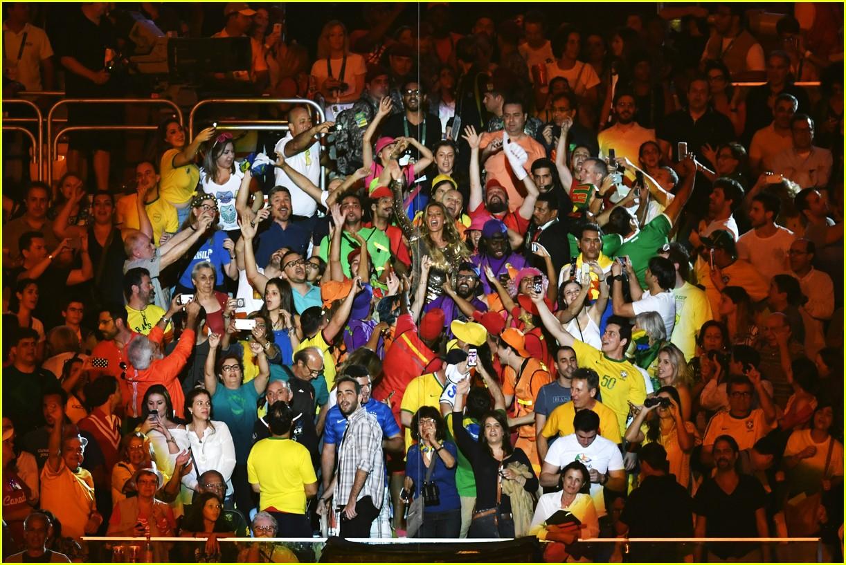 gisele bundchen is having a blast at the rio olympics 013727529